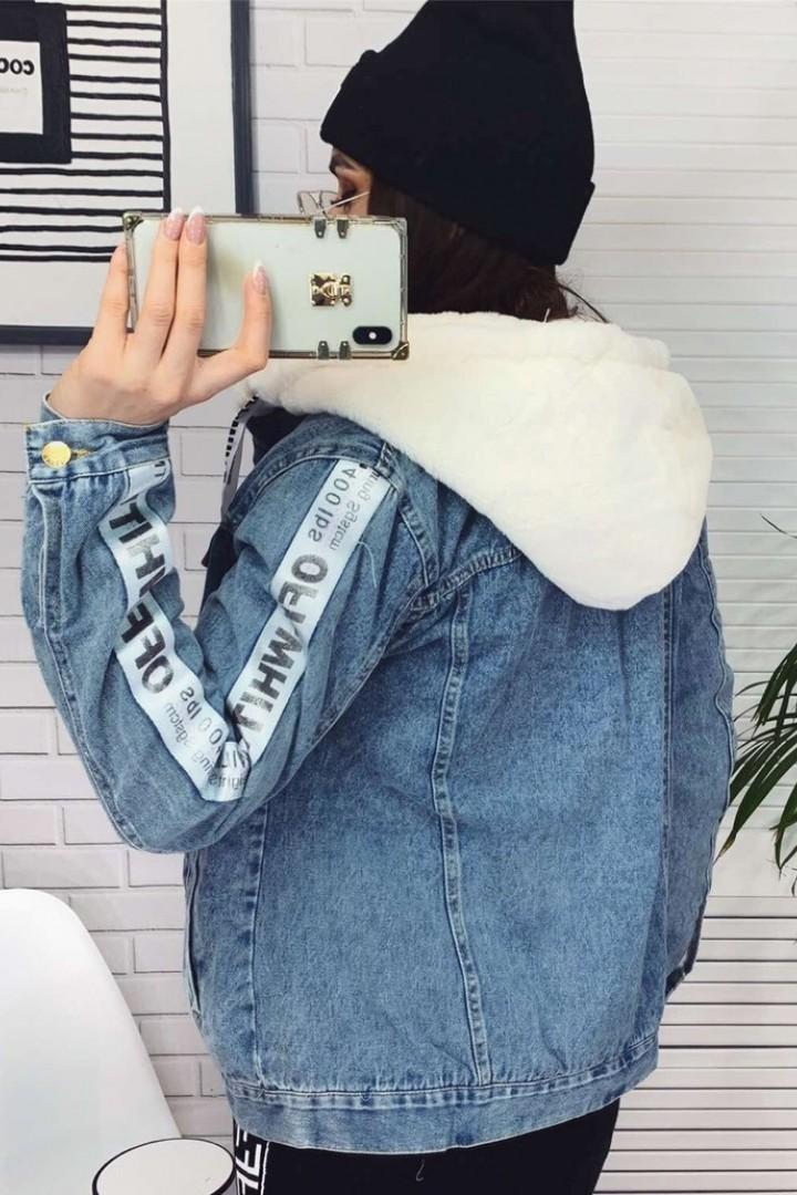 Теплая джинсовая куртка с мехом YYAH-3375A1000