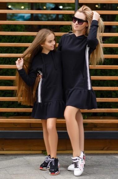 Спортивное платье с капюшоном KL-392