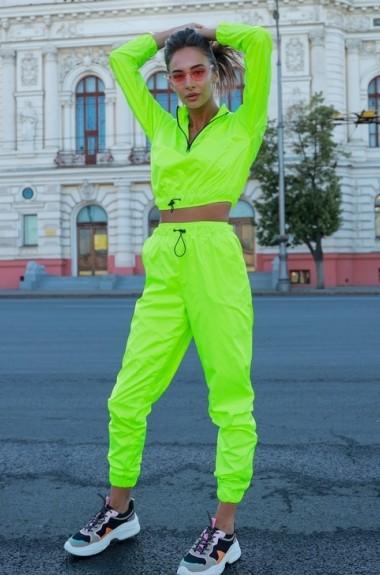 Яркий спортивный костюм VK-K210A550