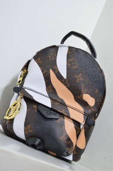 Стильный кожаный рюкзак VCL-41562A53