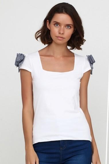 Красивая белая футболка SML-80719A150