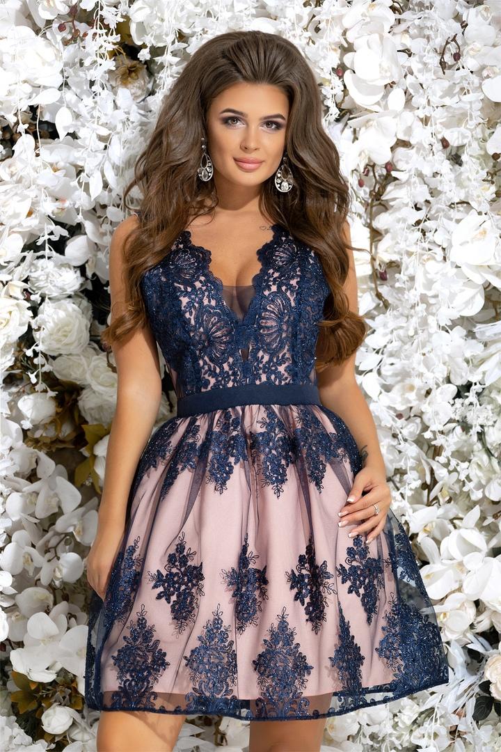 Новорічні сукні 2018-2019 року. Купити новорічне плаття в інтернет ... fb2acfc1bbe6b